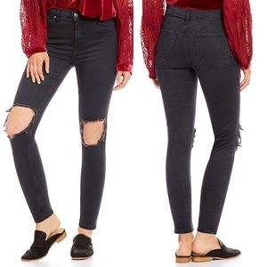 FREE PEOPLE Black Busted Knee Skinny Jeans Size 25